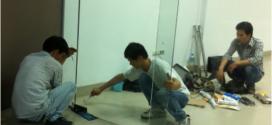 Sửa cửa kính cường lực tại tphcm