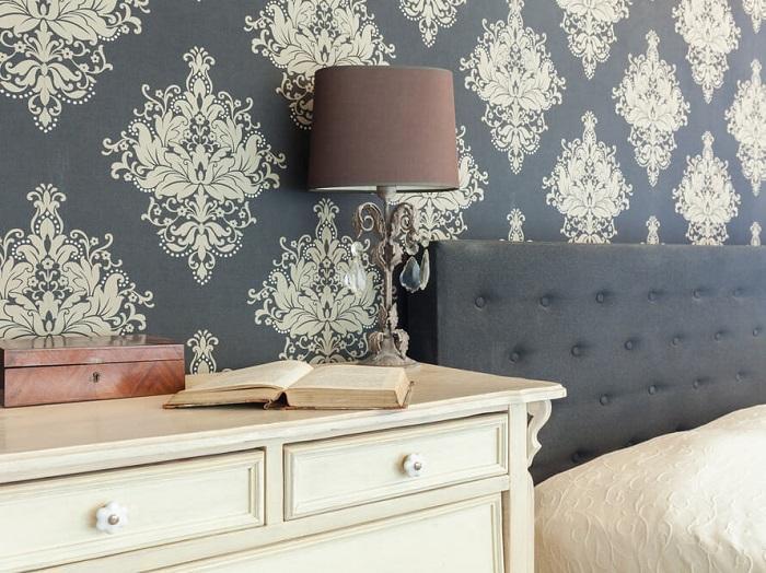 Mẫu giấy dán tường cho phòng ngủ thêm ấm áp